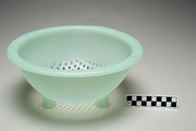 Select Colander (Tupperware)